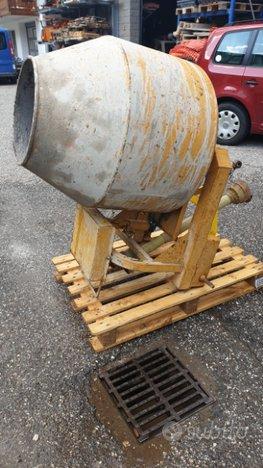 Betoniera per trattore 350 litri