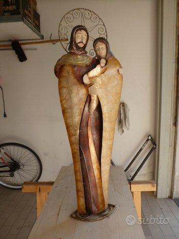 Sacra famiglia in metallo verniciato