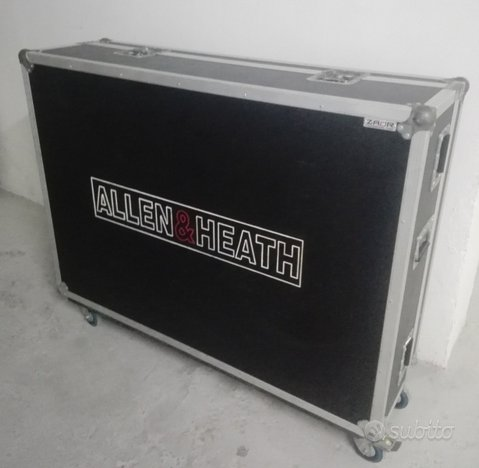 Flight case - allen & heath -per mixer 32