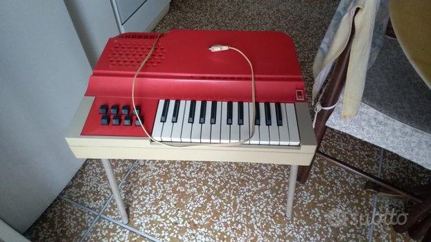 Bontempi Junior 4 organo.Italia, 1970