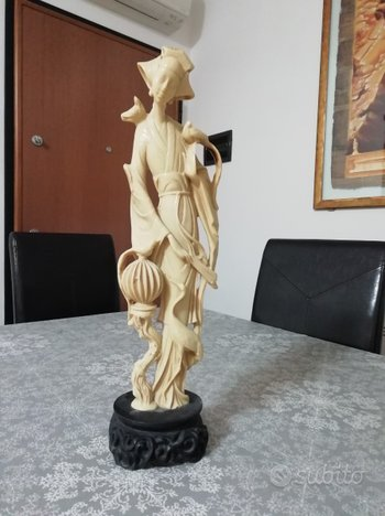 Bambole antiche in resina