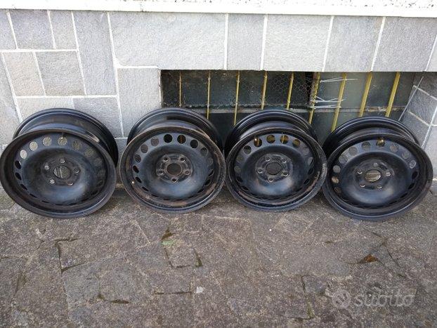 Cerchi in ferro 15 pollici Volkswagen