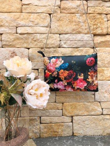 Borsa pochette fiori