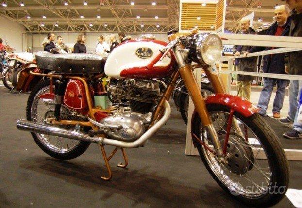Mondial altro modello anni 60 moto e scooter in for Subito arredamento lazio