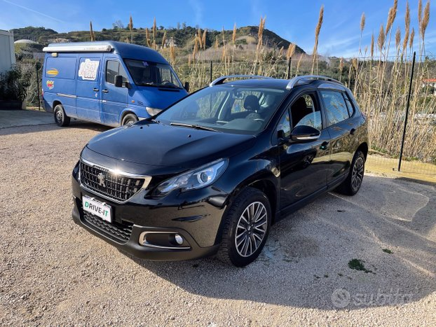 PEUGEOT 2008 1.6 BlueHDI 100cv Active Top