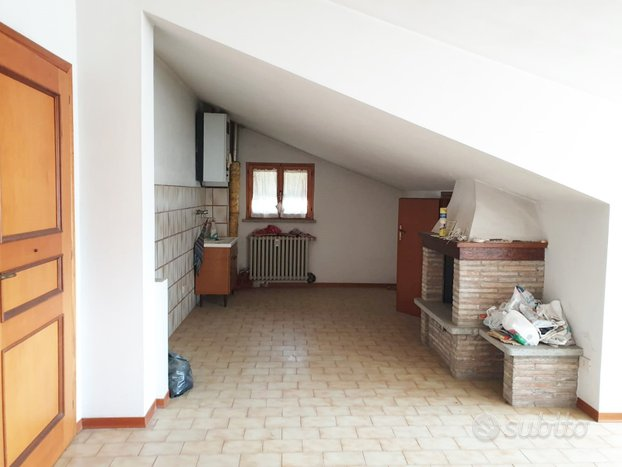 Appartamento mansardato - Rif. AT/852