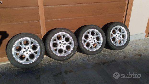 Cerchi Alfa Romeo R16