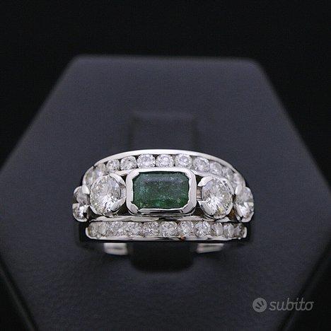 Anello just oro 18kt brillanti 1.16 ct e smeraldo