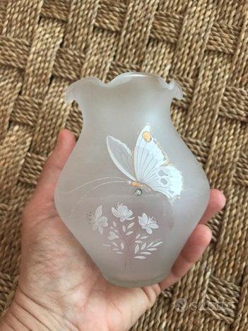 Vaso in vetro soffiato color opaco