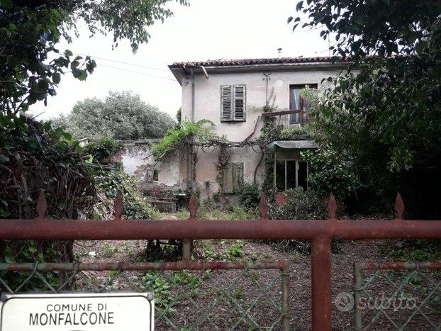 MONFALCONE casa singola da ristrutturare /V400