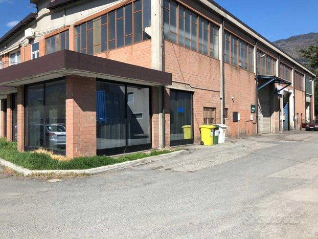 Capannone / Fondo a Aosta