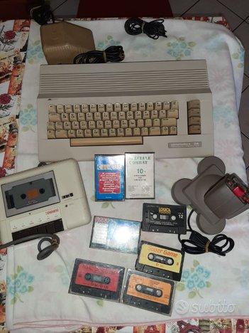Commodore 64 con registratore joystick e cassette