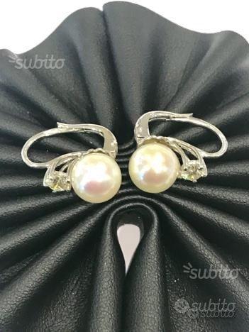 Orecchini oro 18 kt perle diamanti (I)