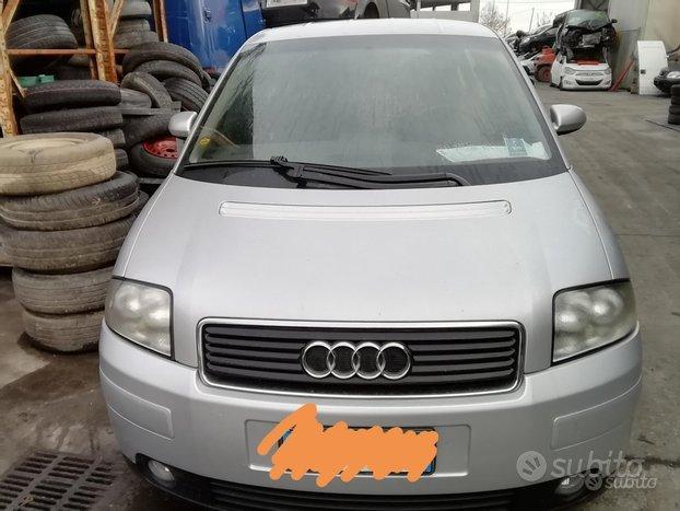 Audi A2 1.4 Benzina Anno 2004 Per Ricambi