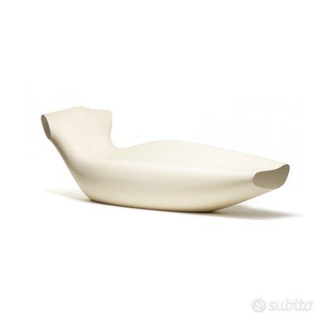 Divano panca design di TOG, design N. Rapetti,Magis