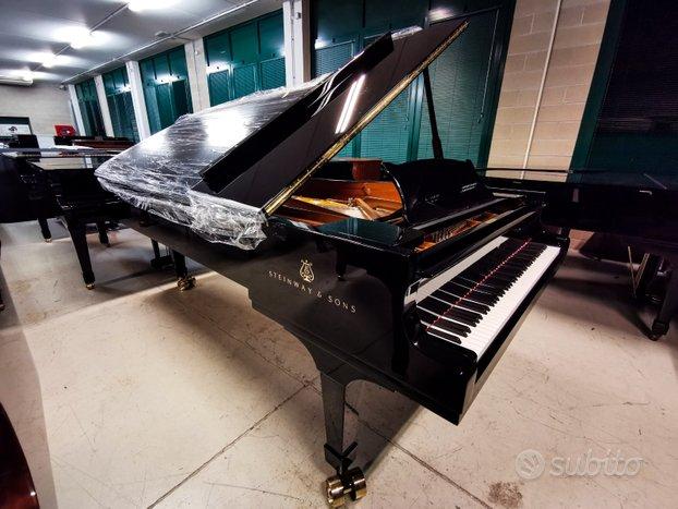 Pianoforte da concerto grancoda Steinway & Sons D