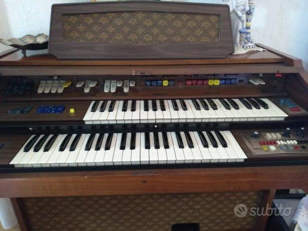 Farfisa vintage 2 tastiere