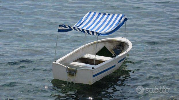 Barca in vetroresina trasportabile su autovettura