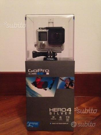 GoPro Hero 4 Silver + Micro SD + accessori