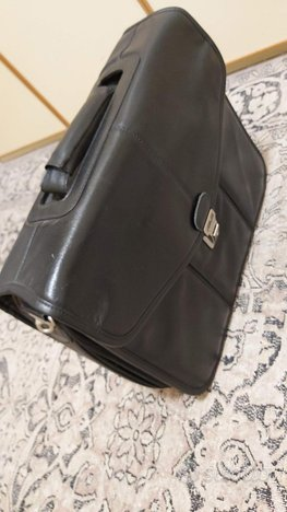 ASUS valigetta porta PC pelle nera