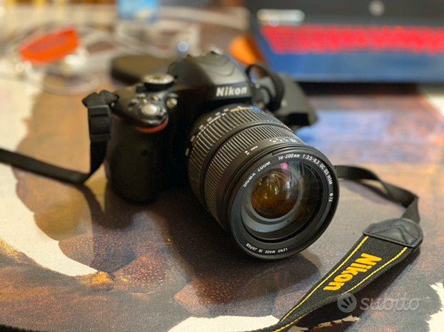 Nikon D5100 + obiettivo 18-200