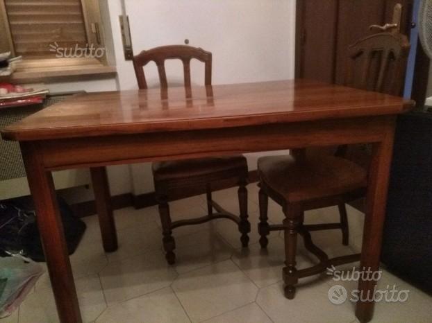 Tavolo e sedie in noce nazionale - Arredamento e ...