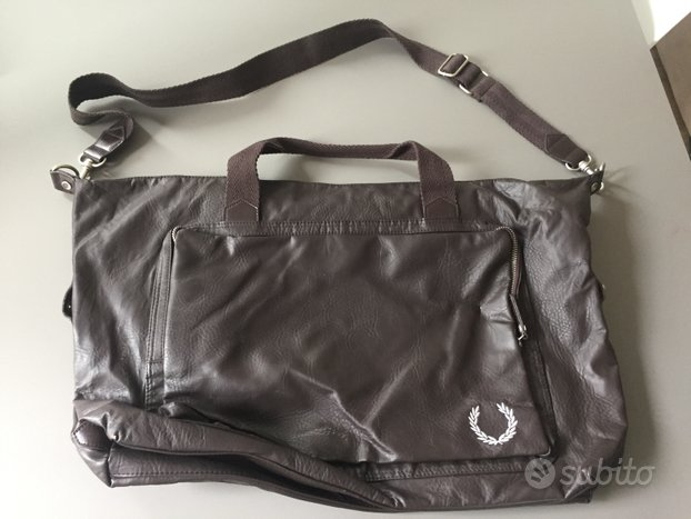 Borsa in pelle naturale Fred Perry