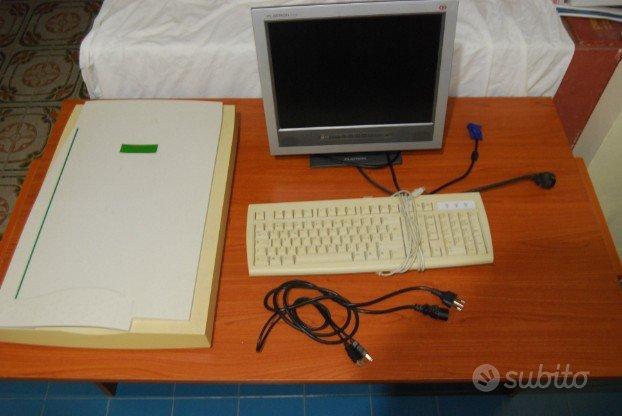 Tastiera, schermo, scanner A/3
