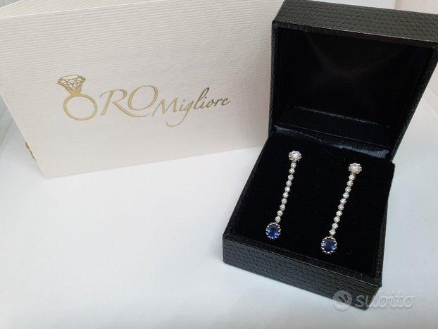 Orecchini con Zaffiri e Diamanti in Oro Bianco 18K