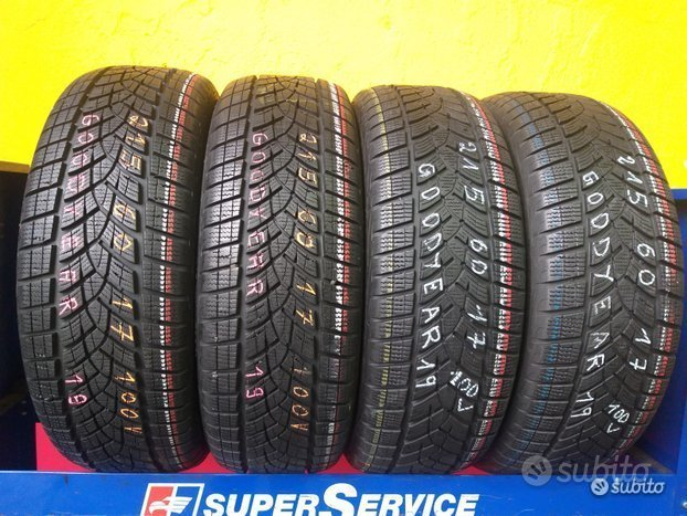 4 gomme invernale 215 60 17 al 98% goodyear
