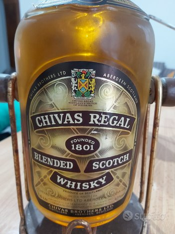 Bottiglia Whisky Civas Regal