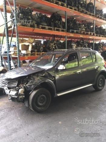 Ricambi vari e kit airbag Dacia Sandero stepway