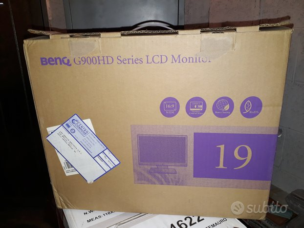 Monitor LCD wide 19