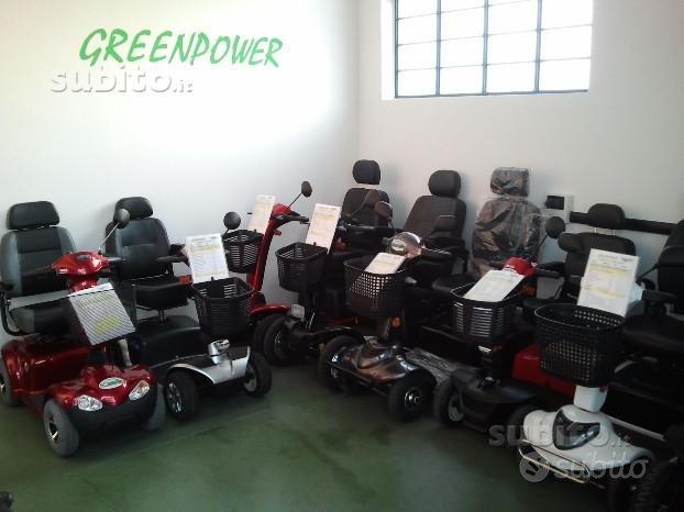 Scooter carrozzina elettrica per anziani-disabili