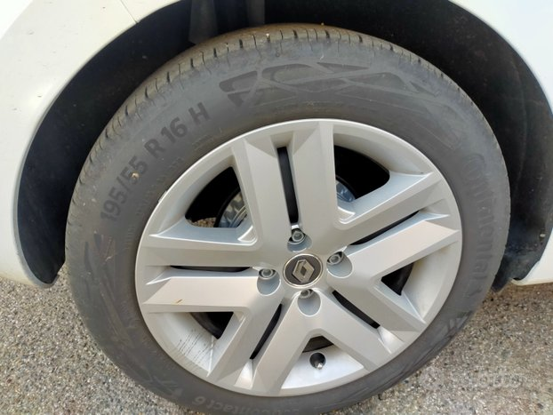 Gomme Continental ecocontact 6