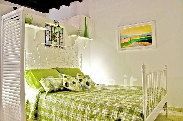 Appartamento via del Boschetto, 125, 00184, Roma