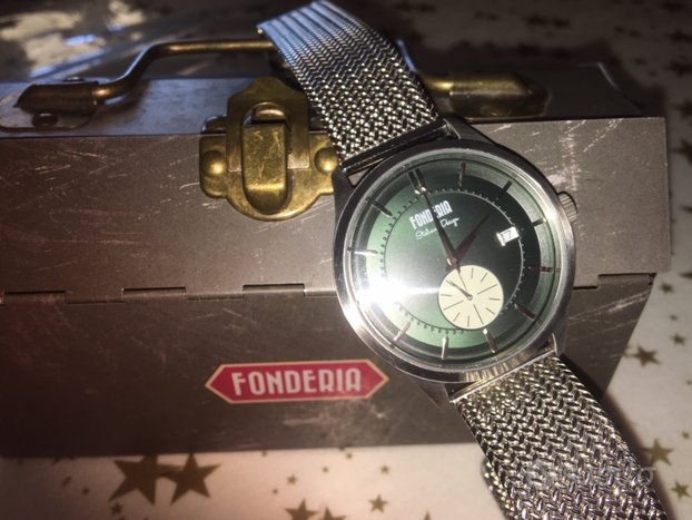 Orologio FONDERIA cinturino in acciaio e scatola