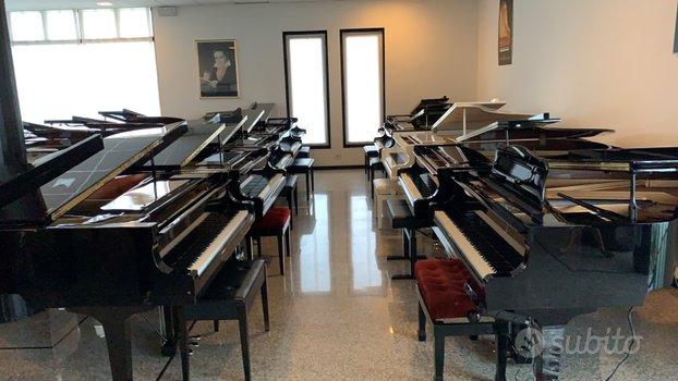 Pianoforte a coda yamaha c3 silent usato