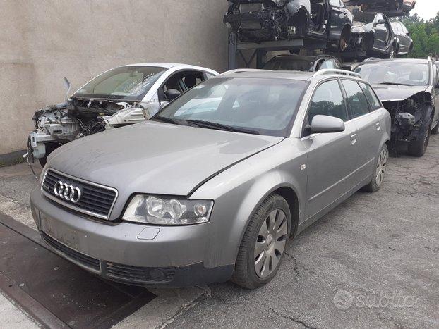 Audi A4 2.5 tdi s-line