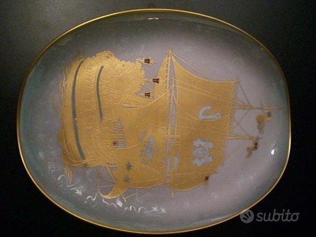 Piatto pregiatissimo decorato oro