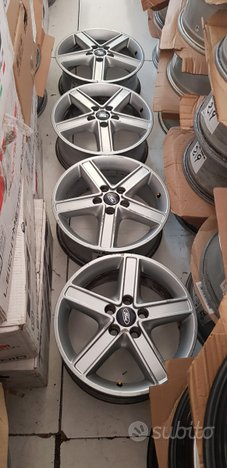 Cerchi originali ford 5x108