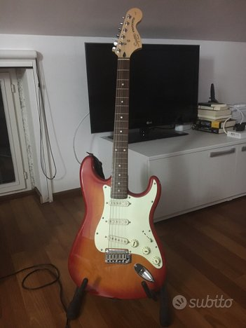 Squier Stratocaster by Fender + Ampli+ iRig