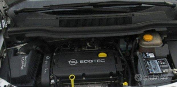 Opel Zafira 09 tergicristalli airbox vaschette e t