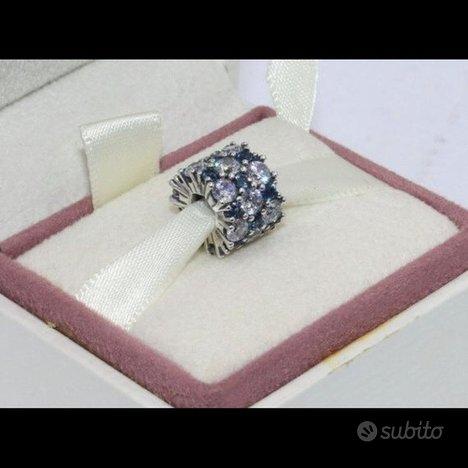 Pandora Charm 798487C02 Eleganza Scintillante Blu