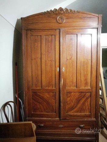 Stock mobili antichi primo 900 da restaurare arredamento for Vendo stock mobili