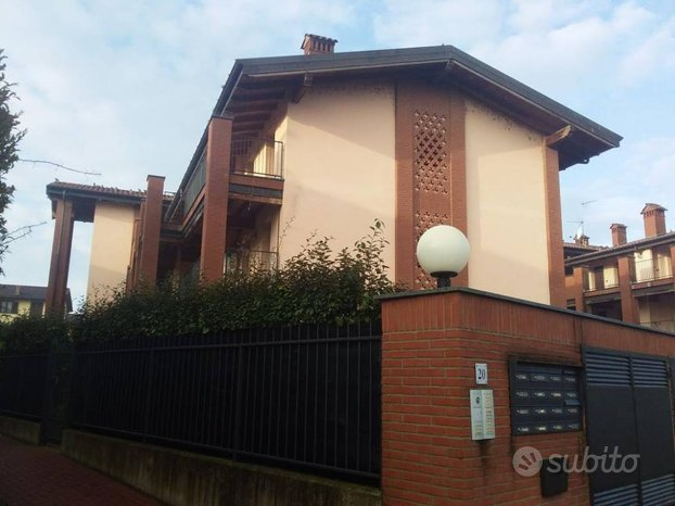 Appartamento con garage a Trivolzio