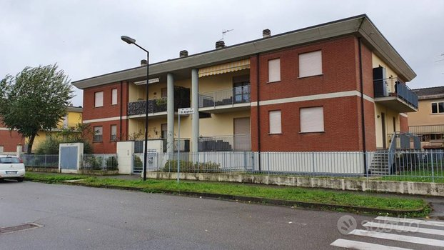 Appartamento con garage a Borgonovo Val Tidone