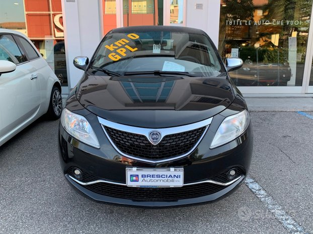 Lancia Ypsilon Platinum 1.2 8V 69CV BZ/GPL