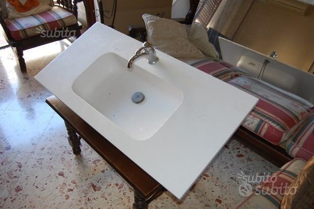 Lavello mobile bagno