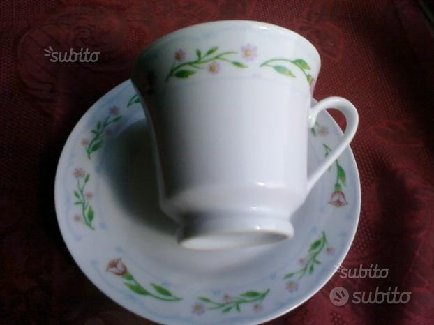 Delizioso completo tazza the e piattino porcellana